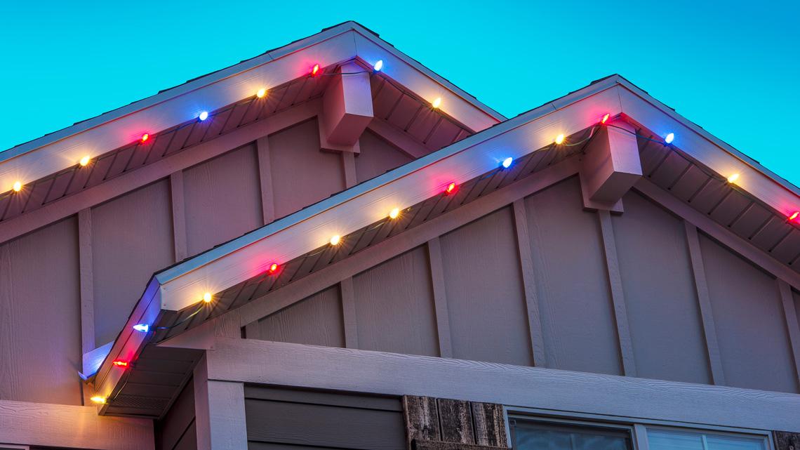 Roofline holiday lights